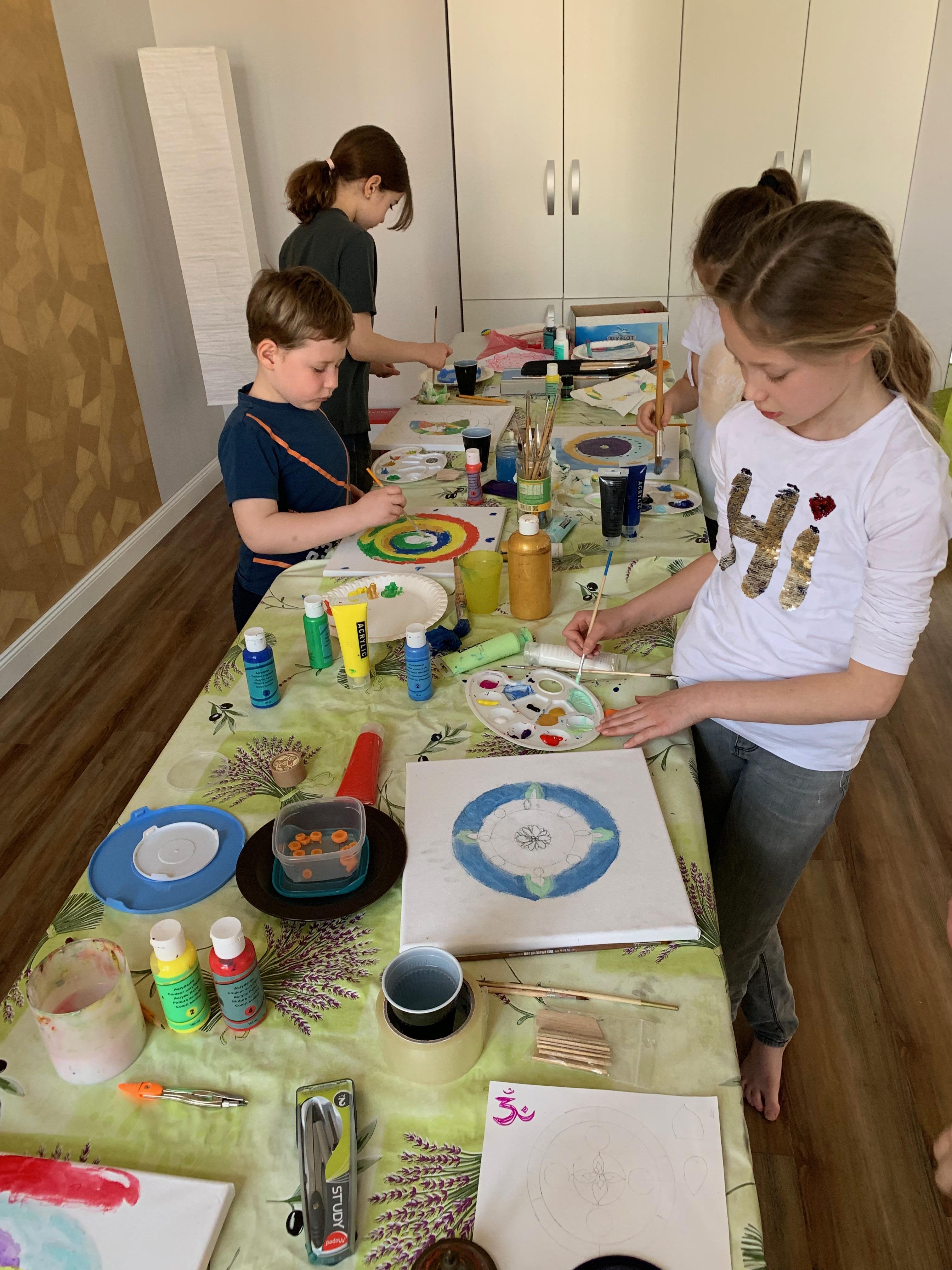 Alkotó és élmény jóga műhely gyerekeknek